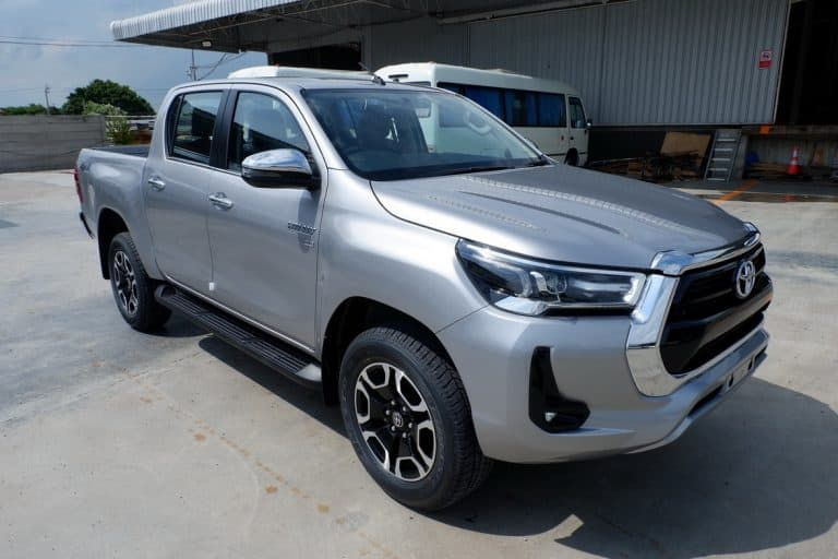New Revo Double Cab 2.8 High 4x4 Auto - Silver