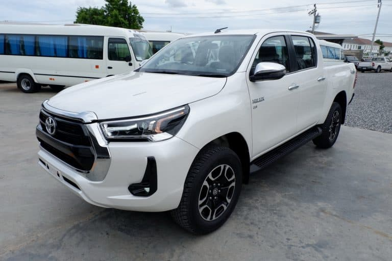 New Revo Double Cab 2.8 High 4x4 Auto - White Pearl
