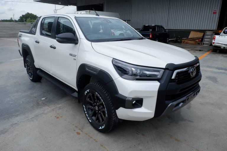 New Revo Rocco Double Cab 2.8 High 4x4 Auto - White Pearl