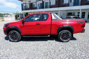 NEW REVO ROCCO SMART CAB 2.8 HIGH 4x4 AUTO - RED