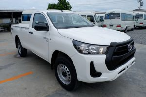 NEW REVO SINGLE CAB 2.8 ENTRY 4x4 MANUAL - STANDARD WHITE
