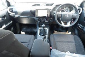 NEW REVO DOUBLE CAB 2.4 MID 4x4 MANUAL - STANDARD WHITE