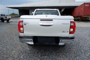 NEW REVO DOUBLE CAB 2.8 HIGH 4x4 AUTO - WHITE PEARL