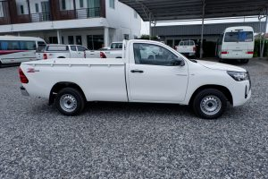 NEW REVO SINGLE CAB 2.4 ENTRY 4x2 MANUAL - STANDARD WHITE WITH REAR BUMPER (OPTIONAL)