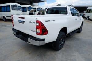 NEW REVO SMART CAB PRERUNNER 2.4 ENTRY 2x4 MANUAL - STANDARD WHITE